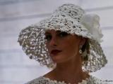 Конкурс на лучшее свадебное платье из туалетной бумаги