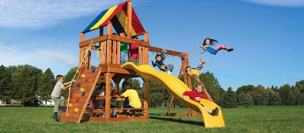 В новом году в Нарве будут придумывать игровые площадки для родителей