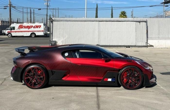 Bugatti Divo по прозвищу «Божья коровка», стоимость которой больше 5 миллионов долларов