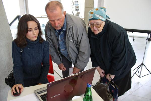 Украинские девушки решили свои задачи, изучив eesti keel по интернету