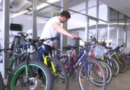 Нарвитян призывают кататься на велосипедах