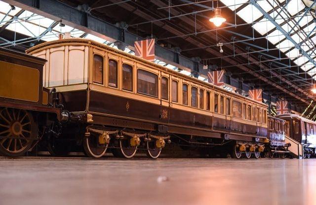 Современным VIP-купе далеко до вагонов королевского поезда 1869 года