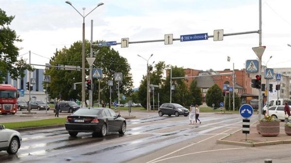 В Нарве заменят светофоры на главной улице города