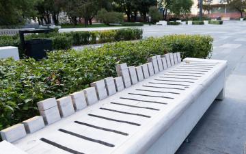 В парке Таммсааре установят новые скамейки за почти 145 000 евро