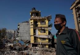 Число жертв землетрясения в Непале превысило 7 тысяч человек