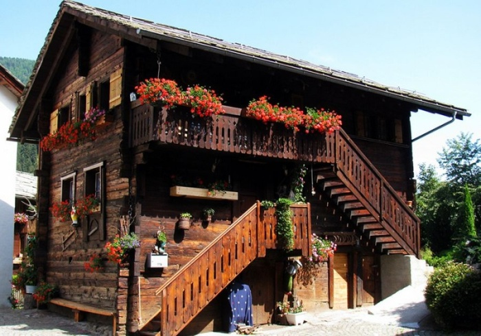 Живописные дома в Альпийских деревнях