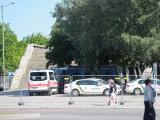 ФОТО: к съемкам фильма Нолана у Горхолла появились машины украинской скорой помощи и полиции