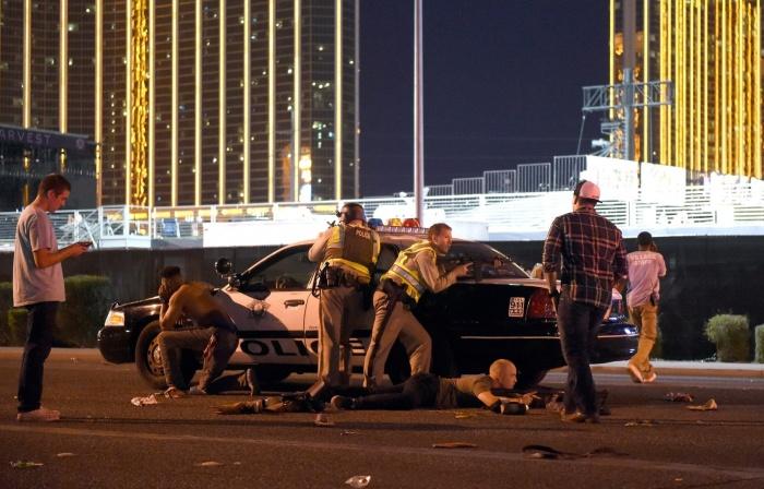 В результате стрельбы на фестивале в Лас-Вегасе погибли 50 человек, более 400 пострадали