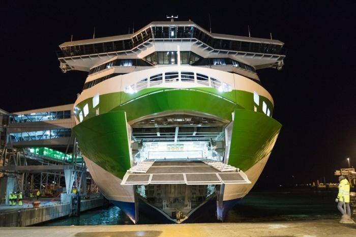 Новое пассажирское судно Megastar прибыло в Таллиннский порт