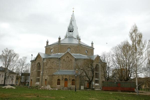 BAZAR: Центр экстремального спорта в Александровской церкви – это возможно