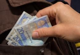 Макроэкономист SEB: рост зарплат провоцирует рост безработицы в Эстонии