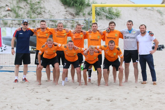 Легендарный чемпион мира приглашает зрителей 30 и 31 июля на большой пляжный футбол в Narva-Jõesuu.