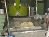 Заводские рабочие вчетвером украли больше тонны сыра