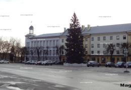 В Нарве повысят зарплату руководителям школ и детских садов