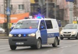 В Ида-Вирумаа полицейский фургон въехал в трактор