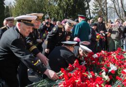 К празднику Победы ветеранам войны в странах Балтии перечислят по 10 000 рублей