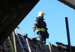 В Ляэне-Вирумаа при пожаре в жилом доме погибли двое мужчин