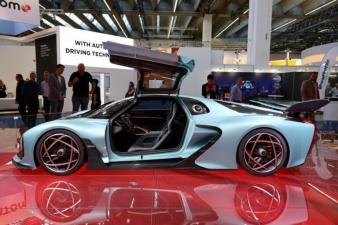 Китай представил супергибрид, который оказался быстрее Bugatti Chiron
