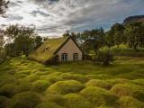 Маленькие церквушки в уединенных местах