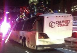 Школьному автобусу снесло крышу