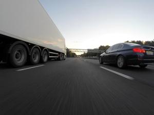 В борьбе с вредными выбросами Нидерланды ограничили скорость на автобанах до 100 км/ч
