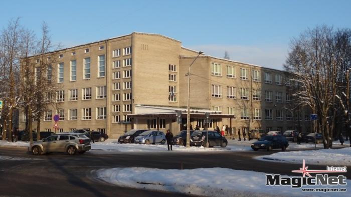 Против закрытия Нарвской 6 школы уже собрано более 1700 подписей