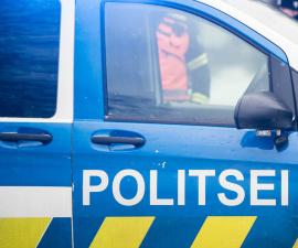 Подозреваемые в воровстве одежды в нарвском ТЦ связались с полицией: о вине речь не идет