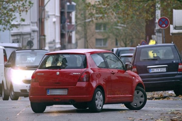 Почти половина водителей не используют «поворотники»