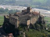 Крепость Барди (Castello di Bardi)
