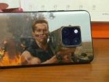 Шварценеггер повеселил поклонников своим iPhone 11 Pro