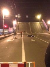 В Санкт-Петербурге мотоциклист-экстремал перепрыгнул через разводящийся Дворцовый мост