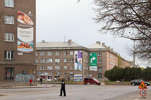 Рекламные тумбы в Нарве ставить больше не хотят