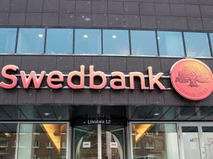 СМИ: Swedbank подозревается в причастности к отмыванию денег в Danske Bank