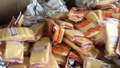 В Ивангороде нашли 435 кг сыра из Эстонии