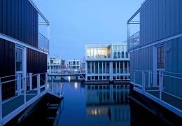 Айбург - район с плавучими домами в Амстердаме