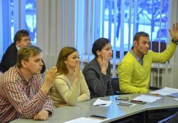 Нарвские депутаты обсудят вопрос отмены пособий бывшим руководителям города