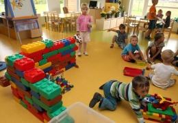 В Эстонии не хватает свыше 2300 мест в детских садах, из них половина - в Таллинне и Харьюмаа
