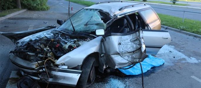 В тяжелой аварии в Нарве погибла женщина