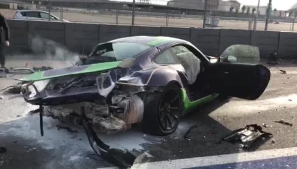 """На трассе """"Формулы-1"""" в Сочи лихачи разбили иномарки за несколько миллионов рублей"""