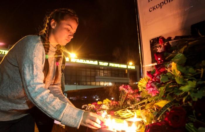 Шок, слезы и молитвы: как Керчь переживает страшную трагедию