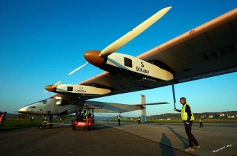 Первый полет самолета на солнечных батареях Solar Impulse 2