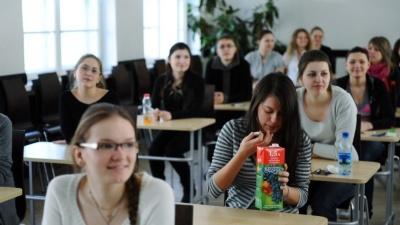 В Нарве могут пересмотреть договор о создании госгимназии