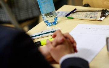 Правительство одобрило законопроект об отмене выпускных экзаменов в основной школе