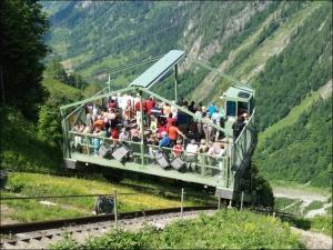 Грузовой фуникулер в горах Австрии