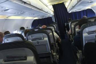 Командир лайнера Germanwings пытался выбить дверь в кабину пилотов топором