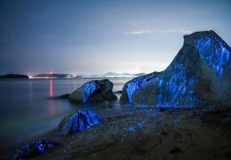 Плачущие камни у берегов Японии