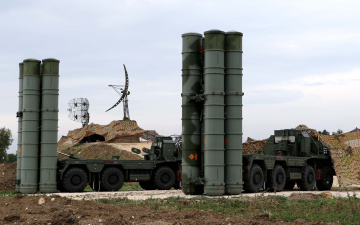 Госдеп пригрозил Турции санкциями, если она купит С-400 у России