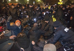 Протесты в Варшаве переместились к Президентскому дворцу