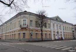 В Нарве отклонили предложенный управой проект конкурса на организацию школьного питания