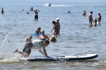 В Нарва-Йыэсуу до конца августа будут учить правилам безопасности на воде